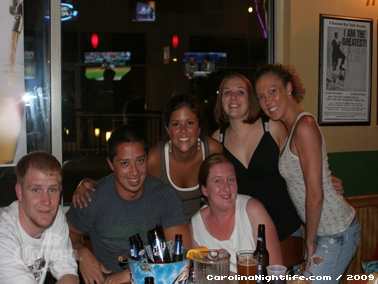 Sunday Night Karaoke at Picassos - Photo #14368