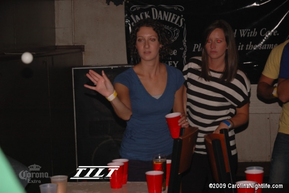 TILT, Tuesday 2009-07-21 (Beer Pong) - Photo #30027