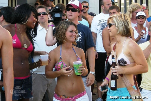 Windjammer Bikini Bash Finals with 95SX, Tropix International and Custom Car Strea - Photo #38272