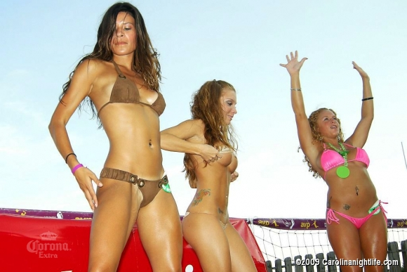 Windjammer Bikini Bash Finals with 95SX, Tropix International and Custom Car Strea - Photo #38328