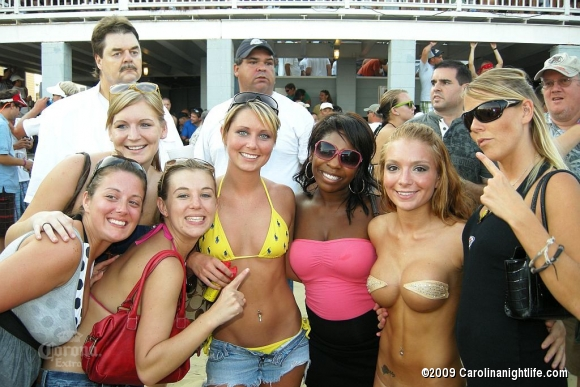 Windjammer Bikini Bash Finals with 95SX, Tropix International and Custom Car Strea - Photo #38348