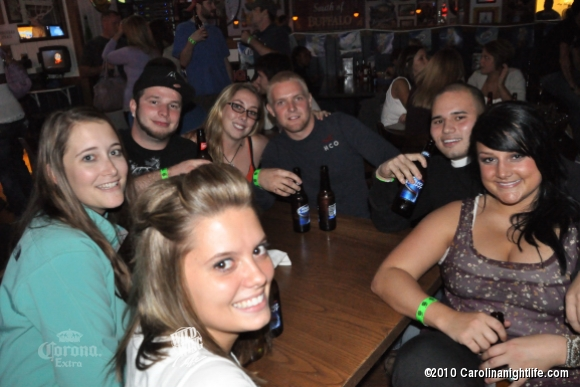 Wild Nights at Wild Wing Cafe - Photo #242772