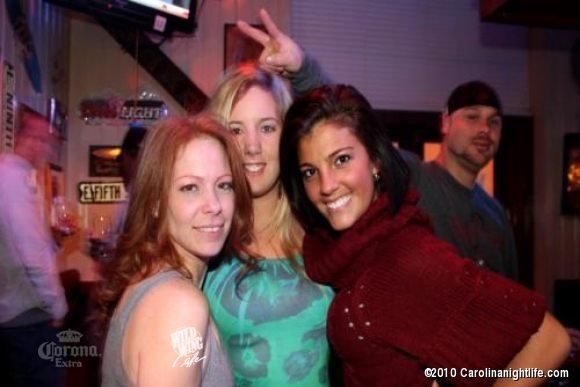 Wild Times at Wild Wing - Photo #274736