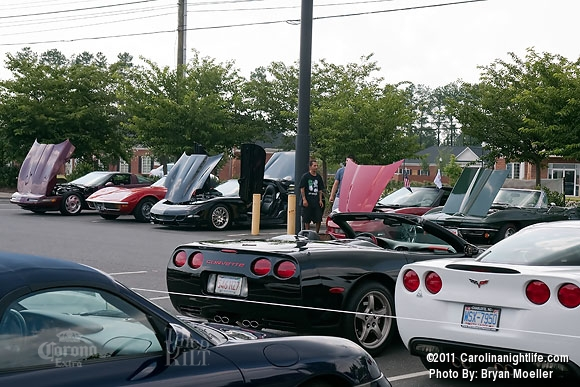 Cruise-In Car Event with the Ladies - Photo #365505