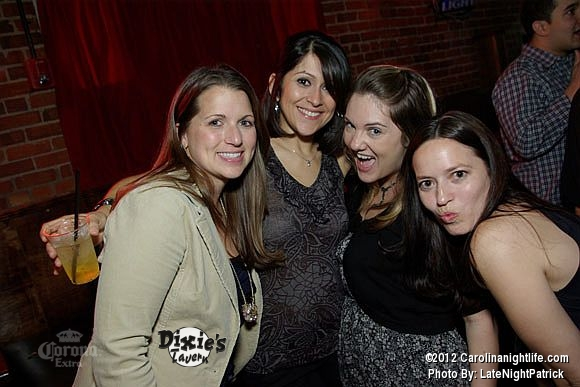 Saturday night at Dixie's Tavern - Photo #443157