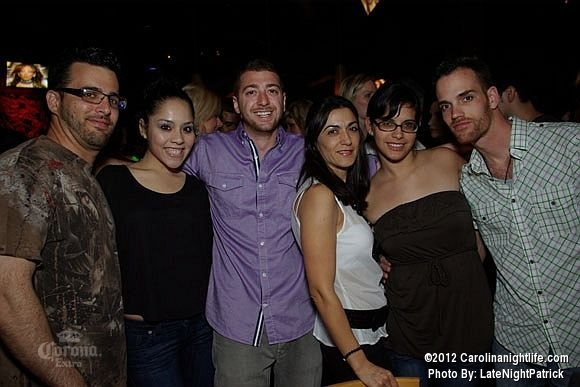 Tropical Saturday with DJ Nando at Cosmos - Photo #474480