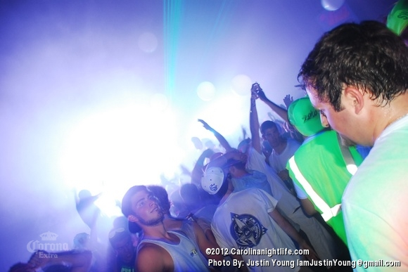 Barstool BLACKOUT! - Photo #484606