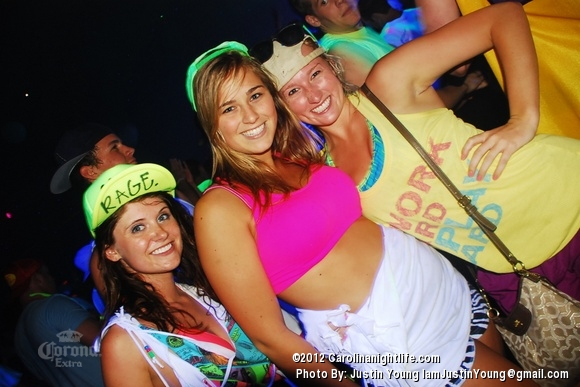 Barstool BLACKOUT! - Photo #484629